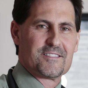 Dr. Kurt Woeller